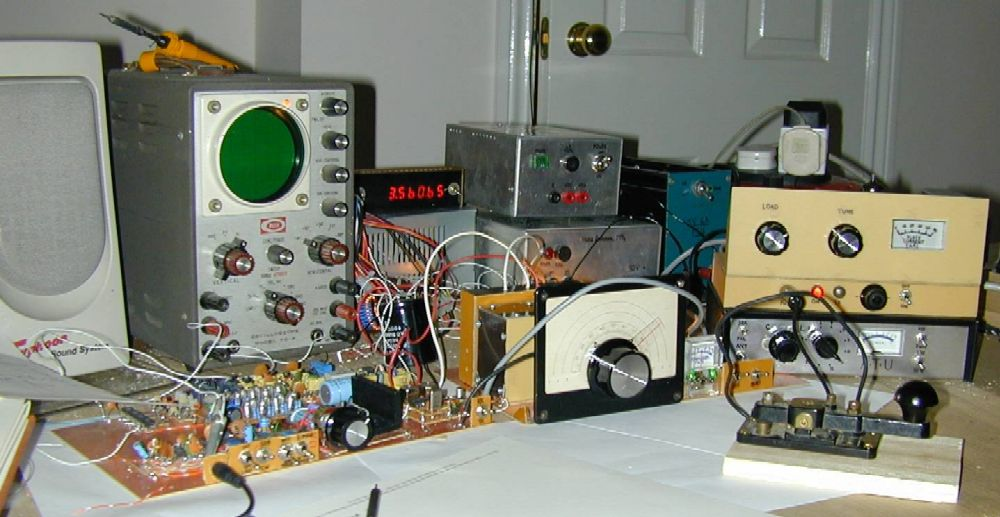 You are browsing images from the article: CW Transmitter: first QSO