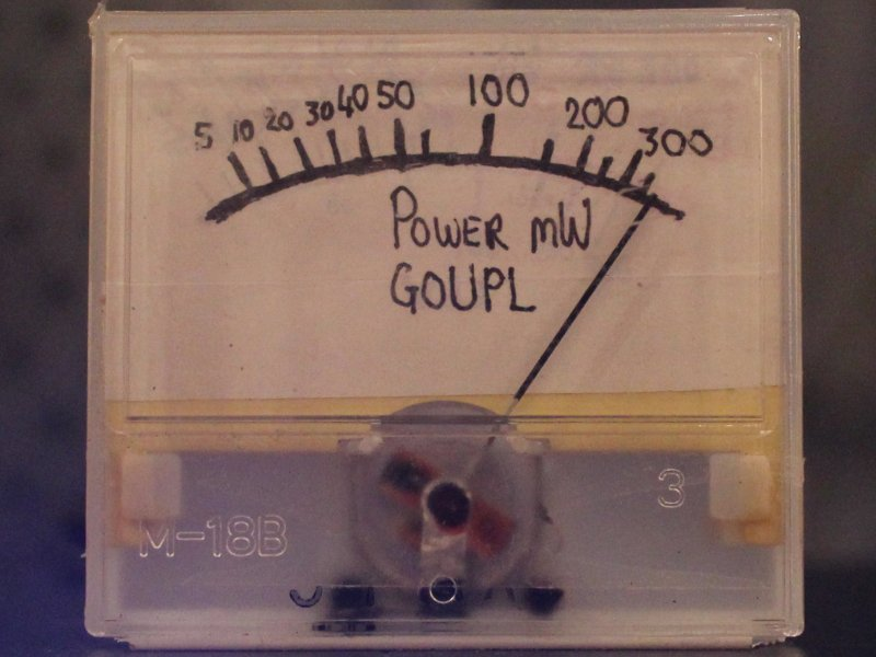 You are browsing images from the article: QRP Power meter