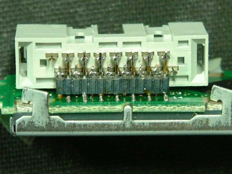 You are browsing images from the article: G8OQW LCD Connection
