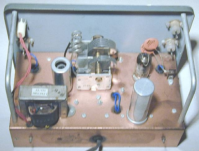 You are browsing images from the article: Heathkit signal generator